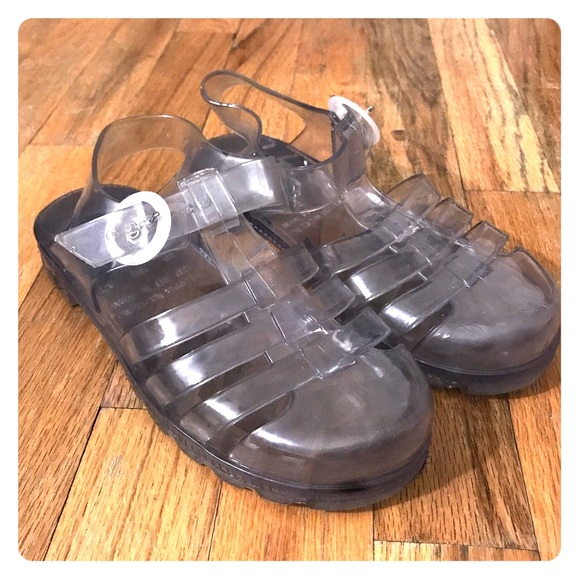 American Apparel Shoes - American apparel jellies size 6